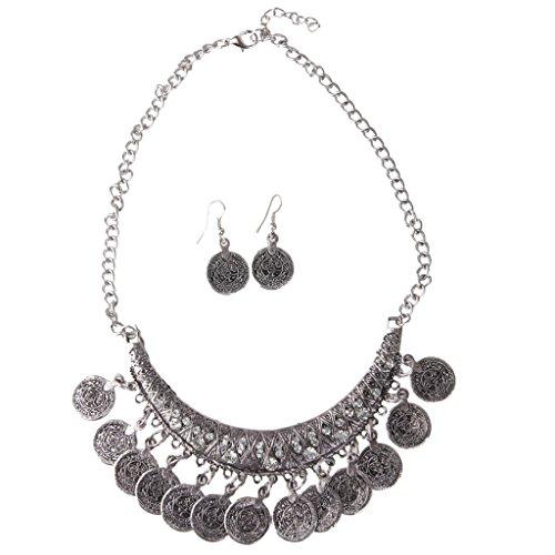 vendimia-pendiente-de-moneda-metalica-y-un-collar-de-establecer-el-estilo-boho-babero-delante-y-plat