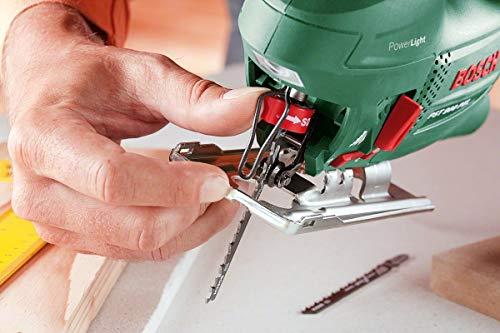 Bosch DIY Stichsäge PST 900 PEL, 1 Sägeblatt T 144 D, Spanreißschutz, CutControl, Transparenter Abdeckschutz, Sägeblattdepot, Koffer (620 W, Schnittiefe 90 mm Holz, 8 mm Stahl) - 3