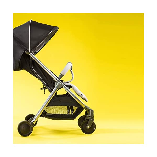 Hauck Swift Plus, Compact Pushchair with Lying Position, Extra Small Folding, One Hand Fold, Lightweight, Carrying Strap, from Birth Up To 15 kg, Silver/Charcoal Hauck EASY FOLDING - This pushchair is as easy to fold away as possible - the comfort stroller can be folded with one hand only within seconds, leaving one hand always free for your little ray of sunshine LIGHTWEIGHT - This pushchair can not only be folded away very compactly, but also easily transported by its carrying strap thanks to its light weight and aluminium frame COMFORTABLE - Backrest and footrest are multi-adjustable, the hood extendable. In addition, the pushchair comes with suspension, swiveling front wheels, soft padding, and large shopping basket 19