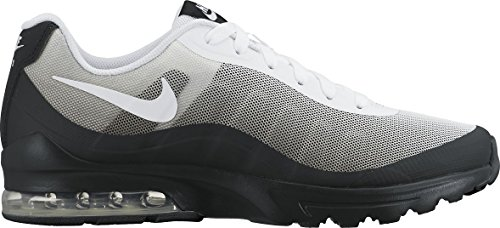 Nike Air Max Invigor Print, Sneakers Basses Homme Multicolore (Black/white-cool Grey 010)