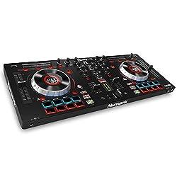 Numark Mixtrack Platinum All-In-One 4-Deck DJ Controller mit LCD Displays, 5 Zoll Touch  Jog Wheels, Multifunktions - Touch Strip und 24-bit Audio Interface, Serato DJ Lite, Prime Loops Remix Kit