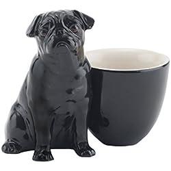 Taza color negra con imagen de carlino pug