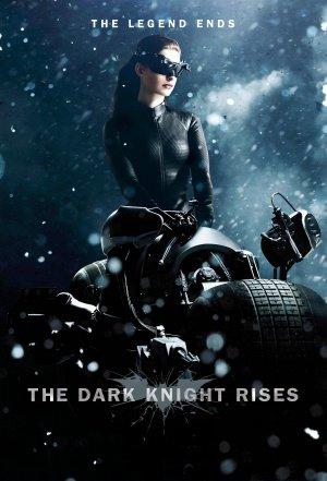The Dark Knight Rises - Catwoman - U.S Movie Wall Poster Print - 43cm x 61cm / 17 Inches x 24 Inches A2 Batman (Rises Auf The Catwoman, Knight Dark Die)