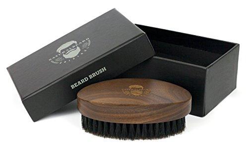 Naturhaar Bartbürste aus Walnussholz und Wildschweinborsten für die tägliche Bartpflege | Optimal in Kombination mit Bartöl und Bartwachs | Für Vollbart, Schnurrbart und 3-Tages-Bart