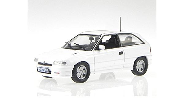 Vauxhall Astra F Gsi White Model Car 1 43 Spielzeug