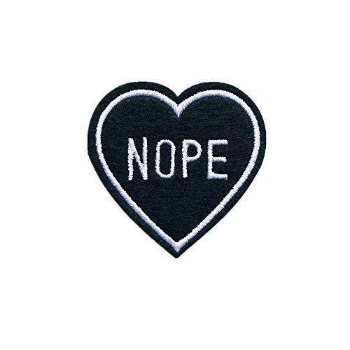 """Gesticktes Emblem/Abzeichen """"Nope"""" zum Aufnähen oder Aufbügeln, in Herzform, passend für Jeans, Jacken (Buchstaben-patches Stoff Eisen-auf)"""