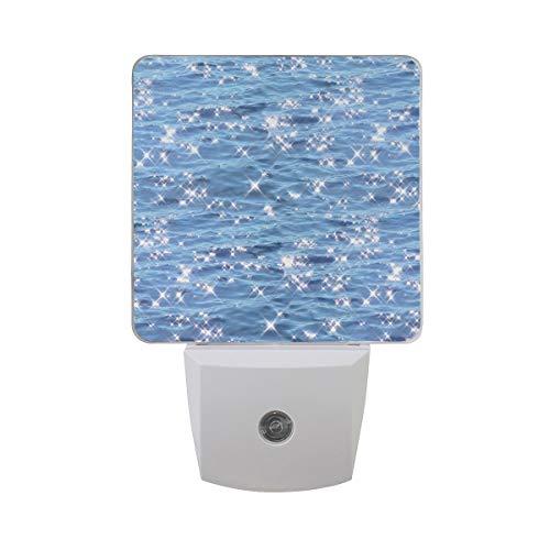 DFISKK Nachtlicht Set of 2 Sparkling Ocean Glowing Glitter Blue Sea Water Waves Auto Sensor LED Dusk to Dawn Night Light Plug in Indoor for Adults -
