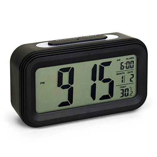 Digitale Smart Wecker ,5.3 Clock einfache und Silent LED Alarm w / Datum-Anzeige, Wiederholung Snooze und Sensor-Licht Night Light (Neu Schwarz) (- Sensor-licht-alarm)