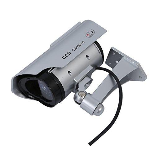 Globalflashdeal Solar Attrappe Dummy ueberwachungskamera Powered LED Lampe Outdoor Aussen CCD Kamera CCTV IP Kamera Silber Fuer Haus Laden (4 Pack) Silber -