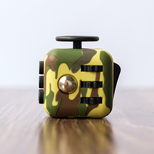 Cubo anti-estres color verde camuflaje