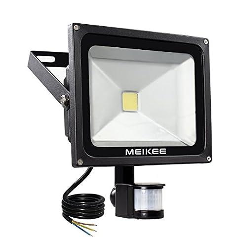MEIKEE 50W LED Fluter bewegungsmelder außen Strahler Licht Scheinwerfer Außenstrahler Wandstrahler Schwarz Aluminium IP65 Wasserdicht AC 85 - 265V Weiß [Energieklasse A++]