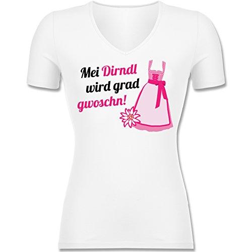 Oktoberfest – Mei Dirndl wird grad gwoschn - T-Shirt für Frauen tailliert mit V-Ausschnitt (XL, Weiß)