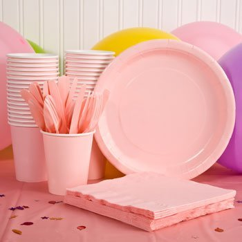 y Supply Kit - PINK - Tablecloth, Plates, Napkins, Cups, Streamers & Utensils (Serves up to 12) by Perfect Party ()