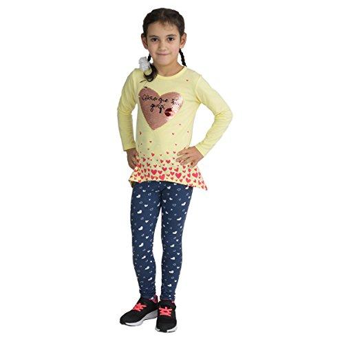 Fashion4Young 3983 Kinder Freizeitanzug Wisch-Herz Wende-Pailletten Langarmshirt Leggings Mädchen (gelb, 134) (Mädchen Leggings Herz)