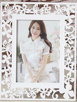 Xiuxiandianju Korean Style creux Photo Frame enfants mariage robes Photo cadre cr¨¦atif tableau d¨¦coration 7 pouces , A