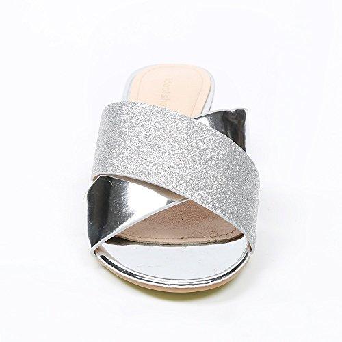 Ideal-Shoes Sandali con Lama spessa con strisce incrociate e strassées Maelice Argento (argento)