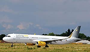 Herpa 533218 Vueling Airbus A321, Multicolor