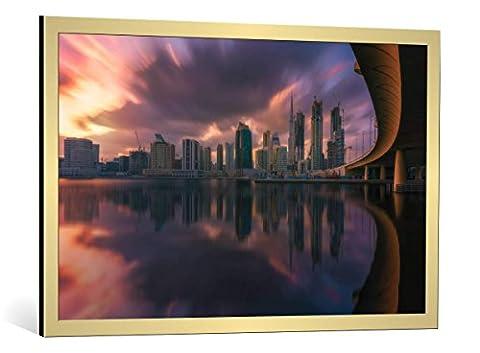 """Image encadrée: Javier de la Torre """"Clouds over Dubai"""" - impression d"""