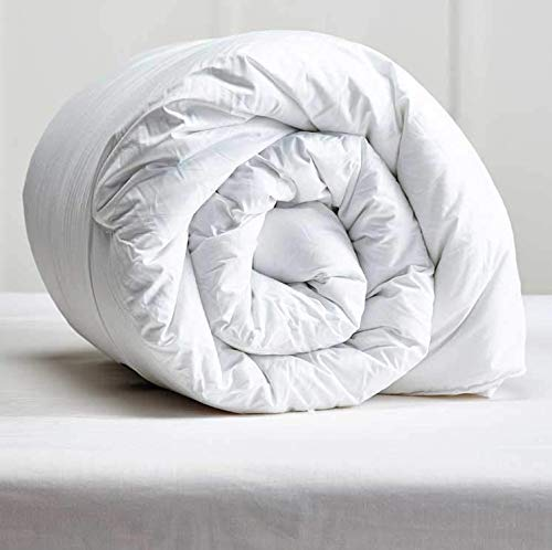 Apiando Home Collection Bettdecke 135x200 cm, Flauschige - weiche - kochfeste Bettdecke für Allergiker geeignet - Mikrofaser Bezug - Made in Germany