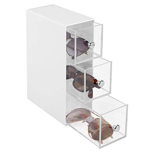 mDesign Aufbewahrungsbox für Brillen - Brillenablage aus Kunststoff in 3 Fächern - Brillenaufbewahrung für Brillen, Sonnenbrillen und Lesebrillen - weiß/transparent