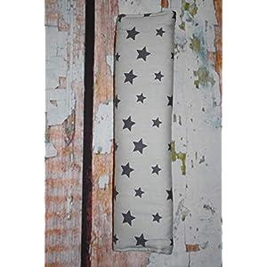 Auto Gurtpolster für Kinder und Erwachsene hellgrau mit dunkelgrauen Sternen Stars Sternchen