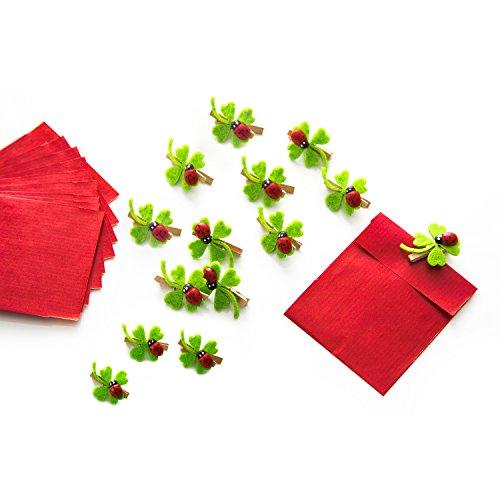 Set aus 14 roten Gastgeschenk-Tüten Mitgebsel mini-Papiertüten 7 x 9 cm und 14 Holzklammern Zierklammern Deko-Klammern Filz Glücks-klee Marienkäfer, zu Geburtstag, Taufe, oder als Tischkarten!