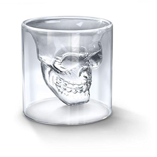 verre-a-alcool-forme-de-tete-de-mort