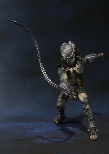 Bandai Tamashii Nations S.H. MonsterArts Predator Wolf Action Figure 6