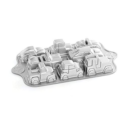 Nordicware 59624 Autos - Molde para bizcochos y tartas