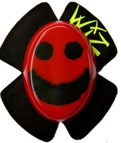 Preisvergleich Produktbild WIZ Sparky funkende Knieschleifer Rot mit Schwarzen Smiley