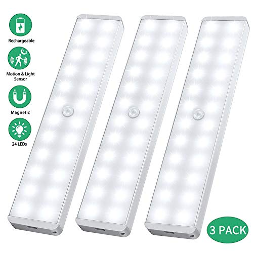 LED Sensor Licht 24 LED, Wiederaufladbar Schranklicht mit Bewegungsmelder,Intelligente LED Küchenleuchte,Weiches Licht für Küche,Kleiderschrank,Kofferraum,Treppe,Verschiedene Räume,RV(3er Pack)