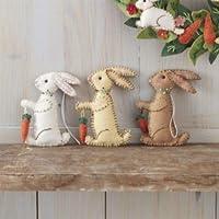 Coniglietto di Pasqua decorazione fatte a mano. È possibile scegliere tra tre colori o comprare un set di queste belle feltro coniglietto decorazioni con cucite a mano dettagli tra cui un coniglio ciascuno può contenere una carota