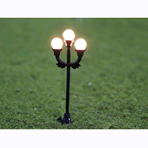 Modell Garten Lampen Schwarz 1: 48100Modell-Grilllampe mit 3Strahlern Szene Garden Laternenpfahl Lampe O Gauge Maßstab: 1: 48Decor Layout - O Gauge Layout