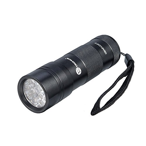 uv-light-taotronics-uv-torch-blacklight-flashlight-urine-detector-for-dog-cats-12-leds-light-for-pet