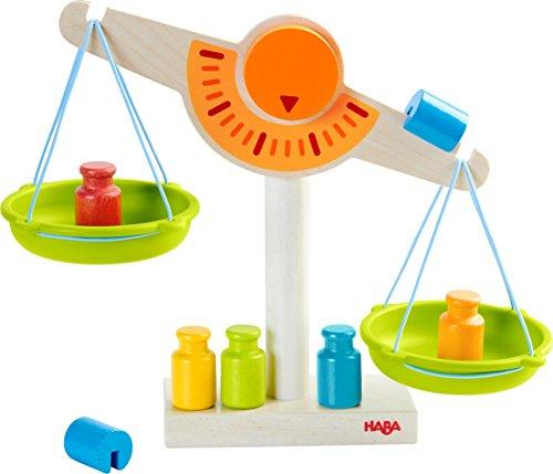 302639 - HABA-Kaufladen-Waage, Waage für Kaufmannsladen aus Holz mit zwei Waagschalen aus Kunststoff, 5 Messgewichten und 2 Ausgleichsgewichten, Spielzeug ab 3 Jahren (Kleinen Waren Hersteller Die)