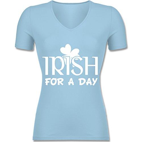 St. Patricks Day - Irish For A Day St Patricks Day - Tailliertes T-Shirt mit V-Ausschnitt für Frauen Hellblau
