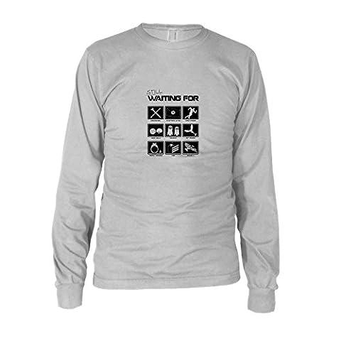 Still waiting for - Herren Langarm T-Shirt, Größe: XXL, Farbe: weiß (Totoro Kostüm-ideen)