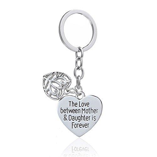 Anello portachiavi con due ciondoli a forma di cuore e scritta in lingua inglese