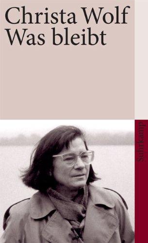 Buchseite und Rezensionen zu 'Was bleibt: Erzählung (suhrkamp taschenbuch)' von Christa Wolf