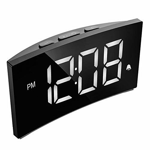 """PICTEK Digitaler Wecker, Digitaluhr, Reise Wecker, 5"""" LED-Display, Randlos Kurve, Dimmer, Snooze, 12/24 Stundenanzeige, 3 Alarmtöne mit 2 einstellbare Lautstärke, Naturgeräusche(ohne Adapter) -Weiß"""