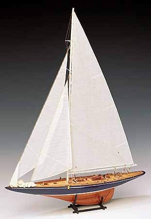 Amati Endeavour Americas Cup Challanger Yacht 1 / 35th Maßstab hölzernes Modell Schiff Kit 1700/82 (Hölzerne Schiffe-kits)