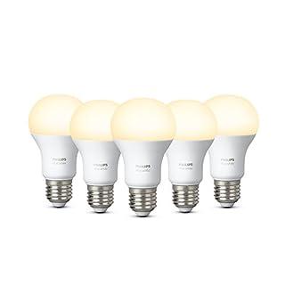Philips Hue White E27 LED Lampe 5er Pack, dimmbar, warmweißes Licht, steuerbar via App, kompatibel mit Amazon Alexa [Energieklasse A+]