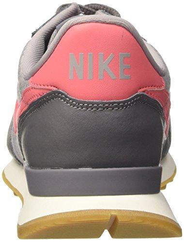 Nike Internationalist, Sneaker Donna Grigio (Gunsmoke/sea Coral/atmosphere Grey/sail 020)