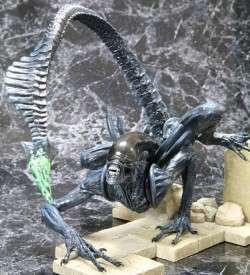 Action-Figur-Alien-vs-Predator-Warrior-Alien-Model-Kit