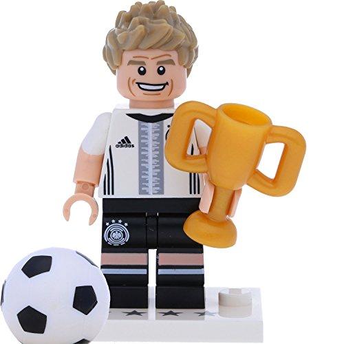LEGO 71014 Minifigur - DFB - Die Mannschaft: #13 Thomas Müller mit Pokal