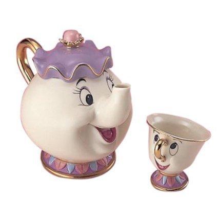 Teeservice im Disney-Design