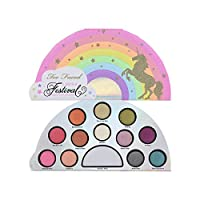 Questo kit contiene: 12 pezzi da 0,8 g di ombretti; Young & Free (rosa chewing-gum opaco), Rainbow Life (rosa corallo con brillantini), Sunset Dream (mandarino dorato con brillantini), Fun in the Sun (giallo dorato con brillantini), Fireflies (ve...