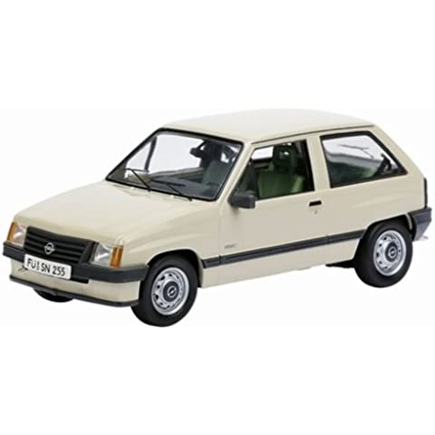 03412 - Schuco Classic 1:43 - Opel Corsa A pergamino,