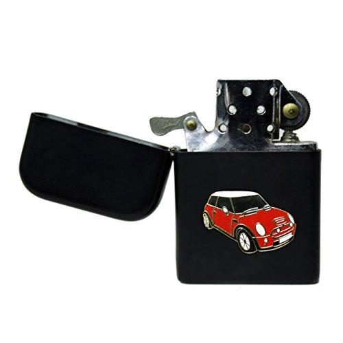 Mini Cooper, color negro mate a prueba encendedor de gasolina