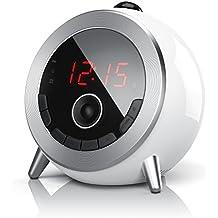 Brandson - Despertador con radio FM Retro / Despertador-proyector / Radio con reloj / Despertador digital | Proyección de la hora | Radio FM | Elegante diseño redondo | Giratorio 180 ° | Anillo de enfoque | blanco / plateado